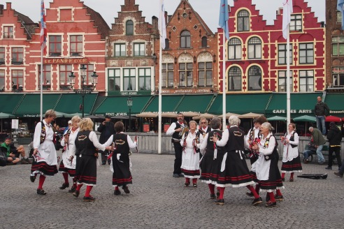 clogs out, the Flemish dancers tore up the street